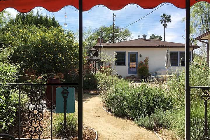 Garden 33 in North Hollywood